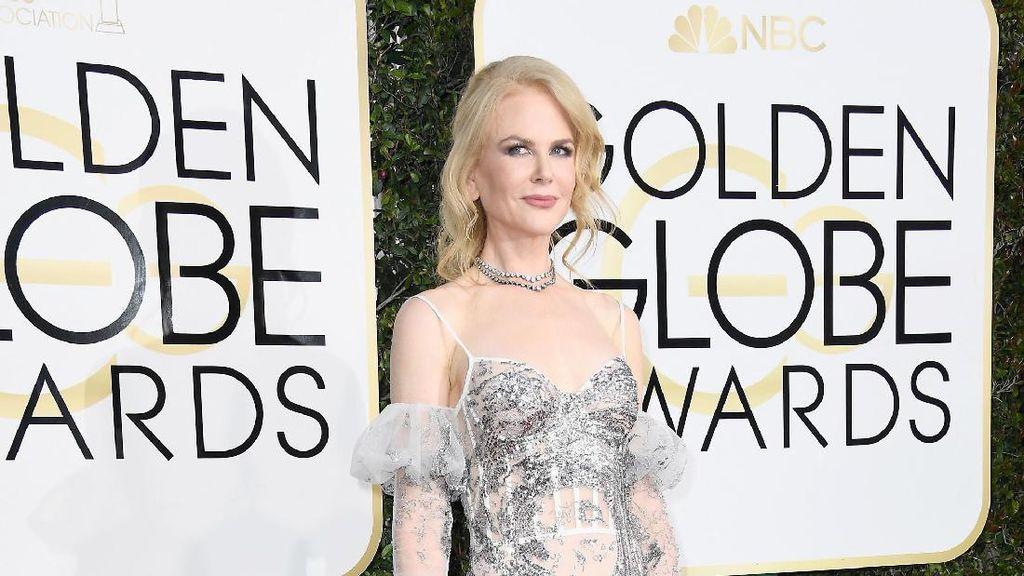 7 Selebriti dengan Penampilan Terburuk di Golden Globes 2017