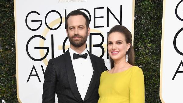 Hamil Besar, Natalie Portman Gandeng Suami ke Karpet Merah