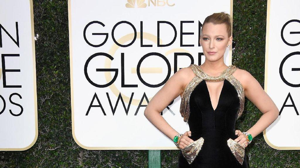 Blake Lively Memukau di Golden Globes 4 Bulan Pasca Melahirkan