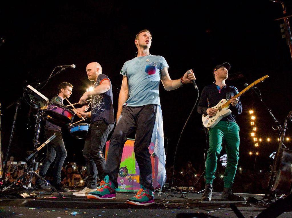Video The Chainsmokers dan Coldplay Ditonton 11 Juta Kali