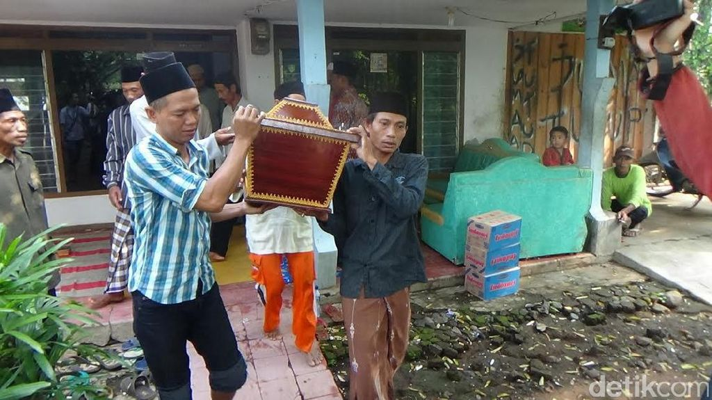 Bertahan 38 Hari, Salah Satu Kembar Siam Probolinggo Meninggal
