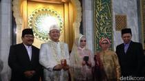 Wawali Surabaya Nikah, Mas Kawin Perhiasan Emas 233 Gram