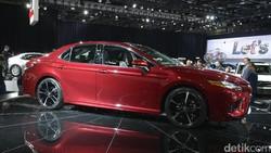 Generasi Baru Toyota Camry Tambah Garang