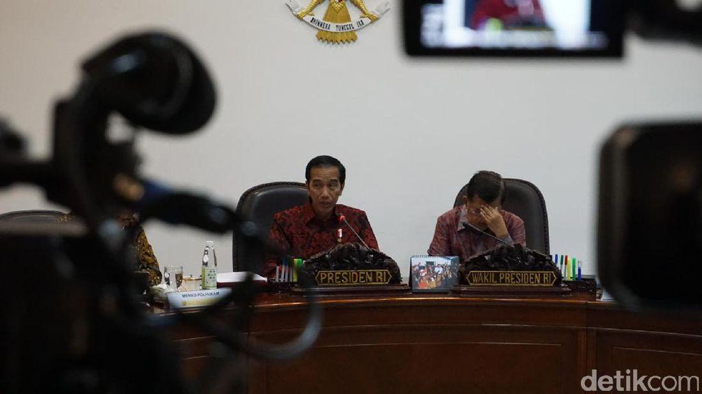 Jokowi ke Pegawai Kemendag: Stok Pangan Pantau Tiap Detik