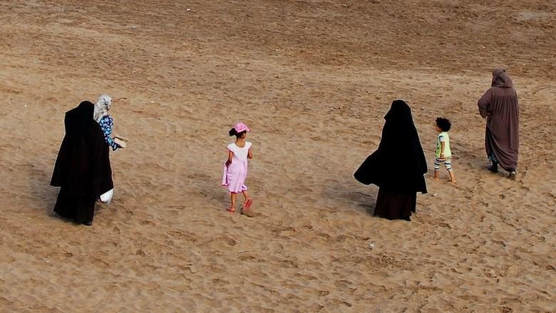 Maroko Melarang Penjualan, Produksi dan Impor Burka
