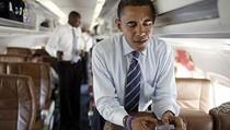 Liburan ke Bali, Apa Obama Masih Pakai BlackBerry?
