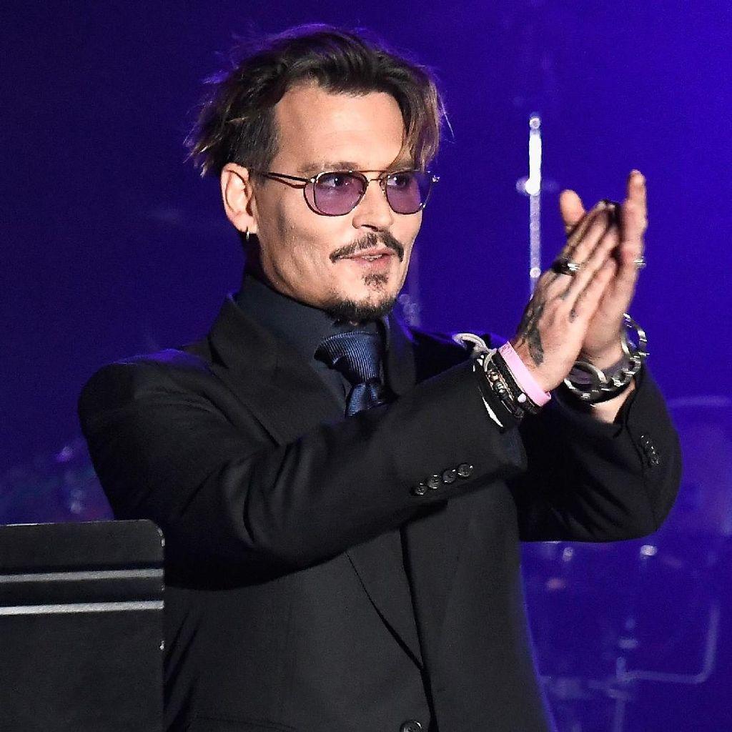 Dikabarkan Kesulitan Uang Pasca Cerai, Johnny Depp Jual 5 Apartemen