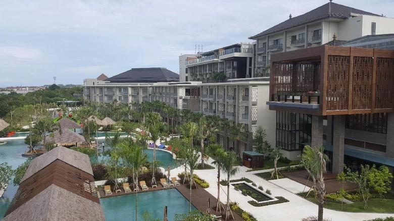 Movenpick Resort & Spa Jimbaran dengan kolam luas (Fitraya/detikTravel)