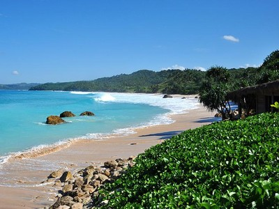 Rekomendasi Pantai Indonesia yang Bakal Ramai Tahun 2017