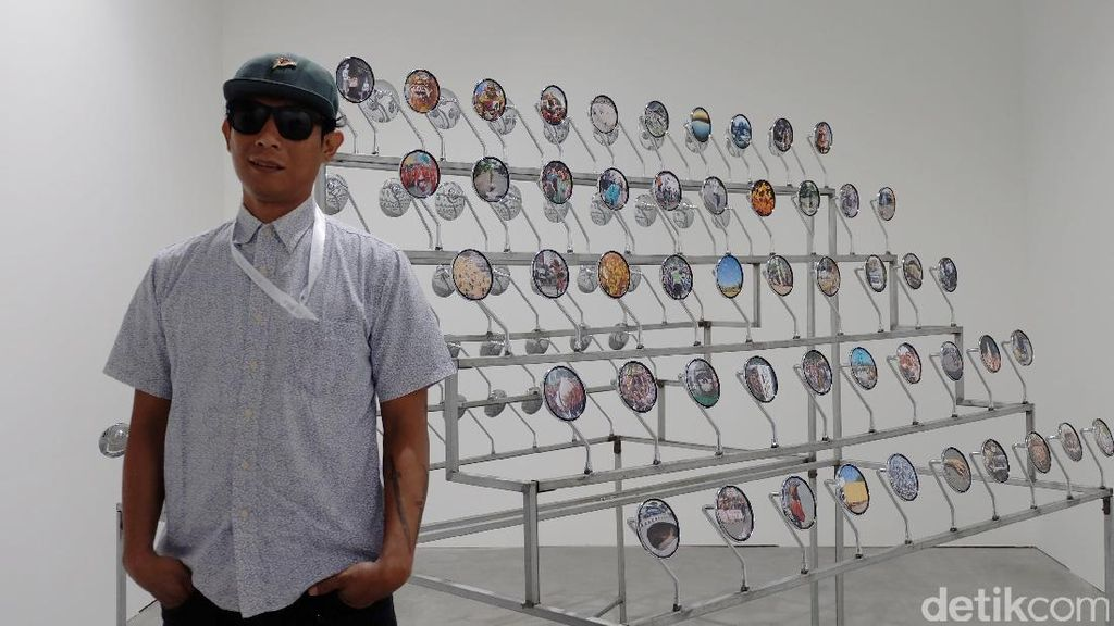 Jim Allen Abel Asal Yogyakarta Tampilkan 100 Foto di Spion Motor