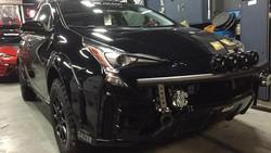 Gahar, Sedan Prius Jadi Crossover