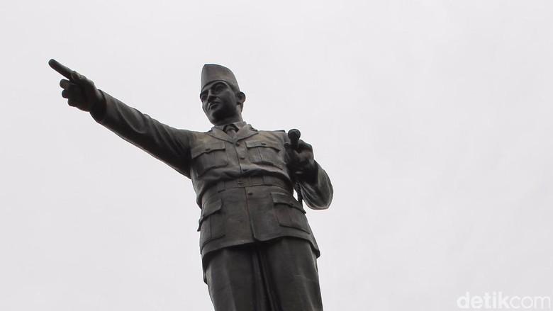 Inilah Tugu Soekarno di Palangkaraya (Edward Febriyatri Kusuma/detikTravel)