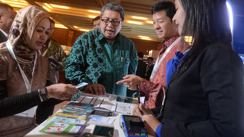 BCA Ramaikan Pameran IRX Indonesia