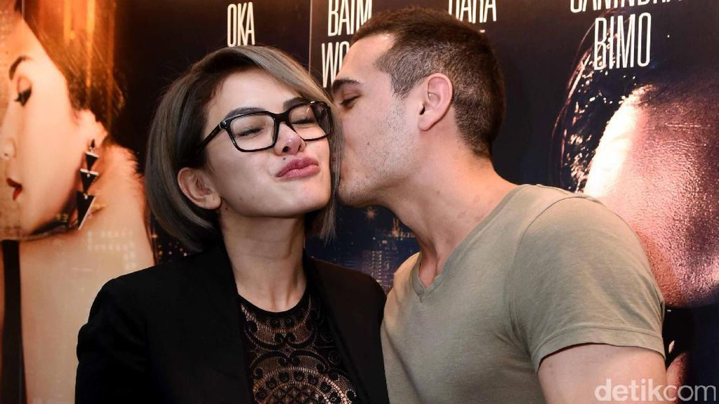 Heboh Video Nikita Mirzani Cium Bule, Lucky Hakim Resmi Nikah