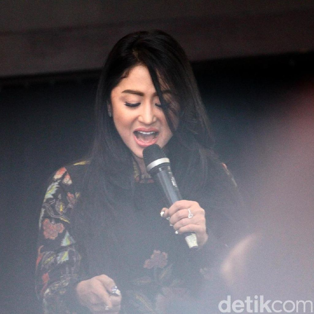 KPI Panggil Indosiar Soal Kisruh Nassar dan Dewi Persik