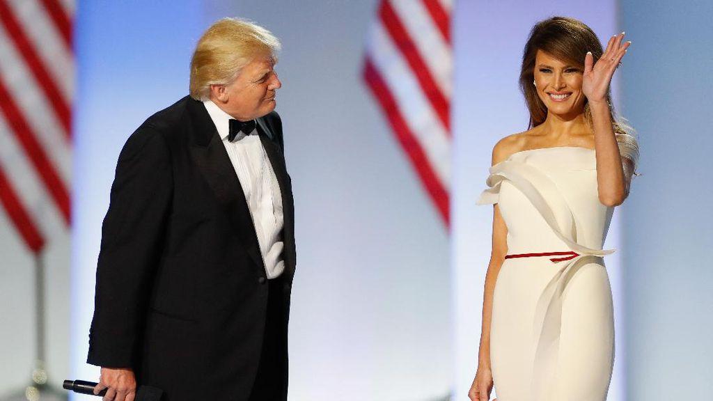 Melania Trump Akan Berpose di Cover Majalah Vogue?