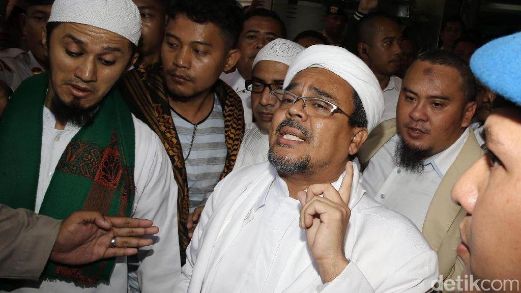 Habib Rizieq Bicara Soal Situs Balada Cinta