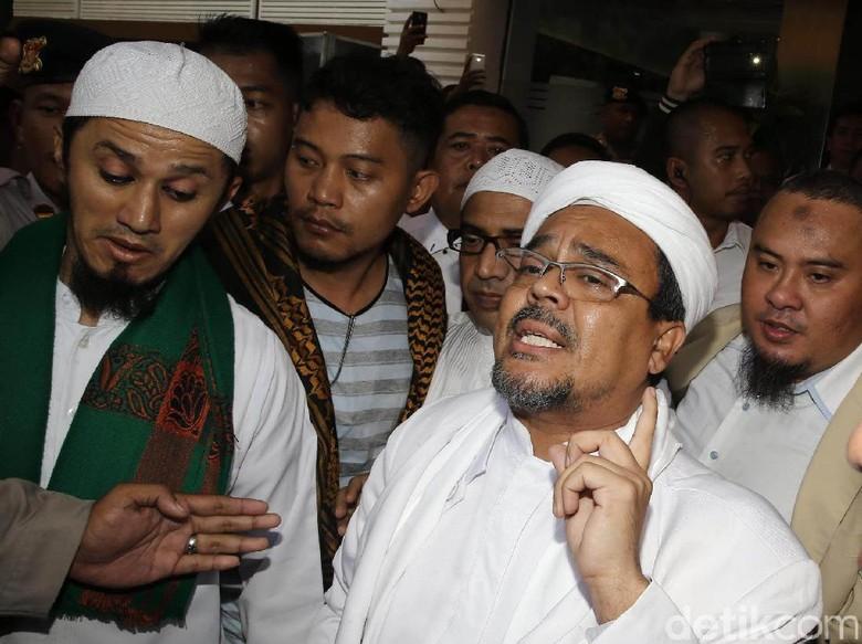 Soal baladacintarizieq, Habib Rizieq: Itu Fitnah