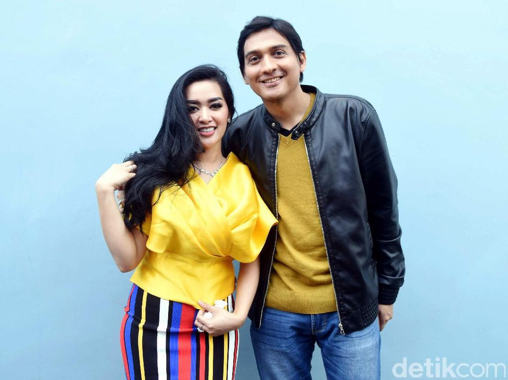 Tiara Dewi Emosi Lucky Hakim Digoda Wanita Lain