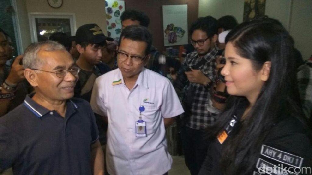 Annisa Yudhoyono Gerilya ke Sentra Batu Akik di Rawa Bening