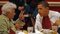 Di ARMA, Obama Cicipi Jajanan Khas Bali Laklak dan Es Kelapa