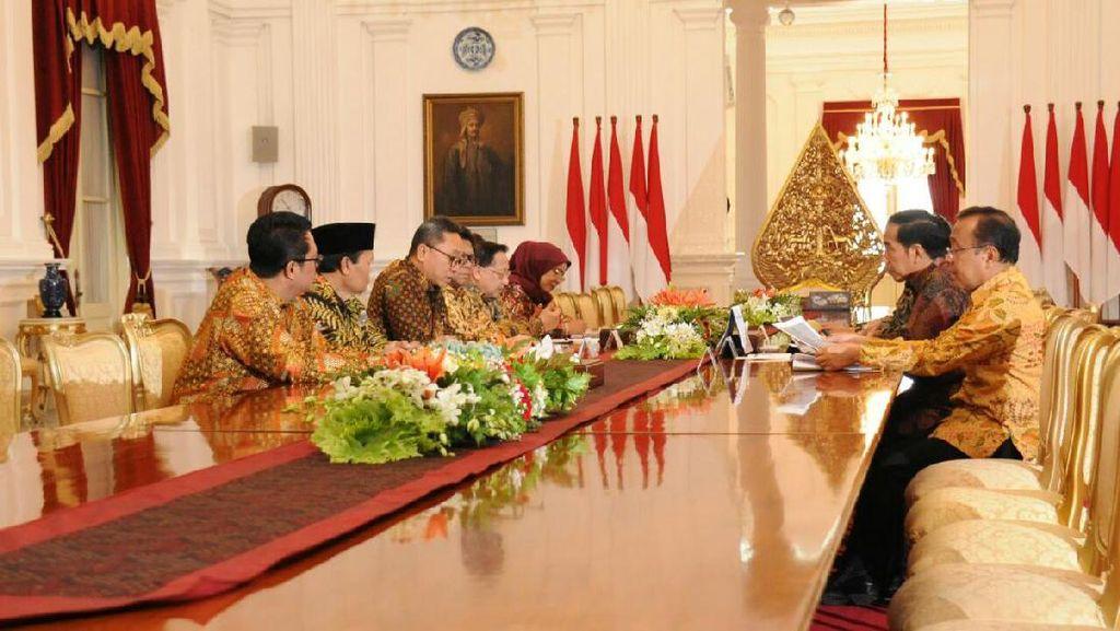 Pimpinan MPR Undang Jokowi Hadiri Hari Konstitusi 18 Agustus