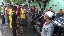 Honda Accord Tabrak Truk Tonton di Probolinggo, 1 Orang Tewas