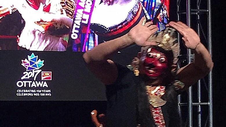 Tari Topeng Indonesia buka Festival Ottawa (dok KBRI Ottawa)