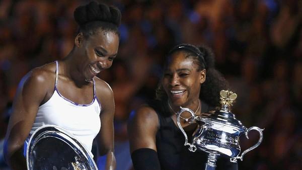 Venus Beri Selamat, Serena Balik Menyanjung