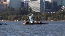 Ekor Pesawat yang Tewaskan WNI Endah Diangkat dari Sungai Perth