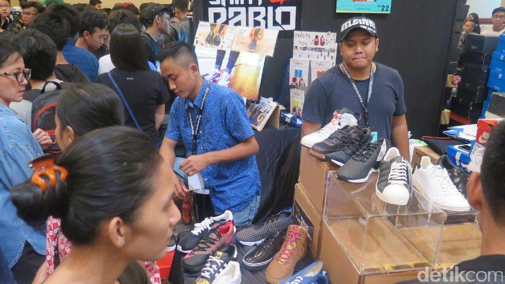 Serunya Jakarta Sneaker Day Hari Pertama yang Diserbu Sneakers Lover