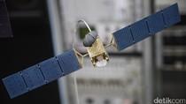 Satelit Telkom 1 Dilaporkan Hancur Berkeping-keping