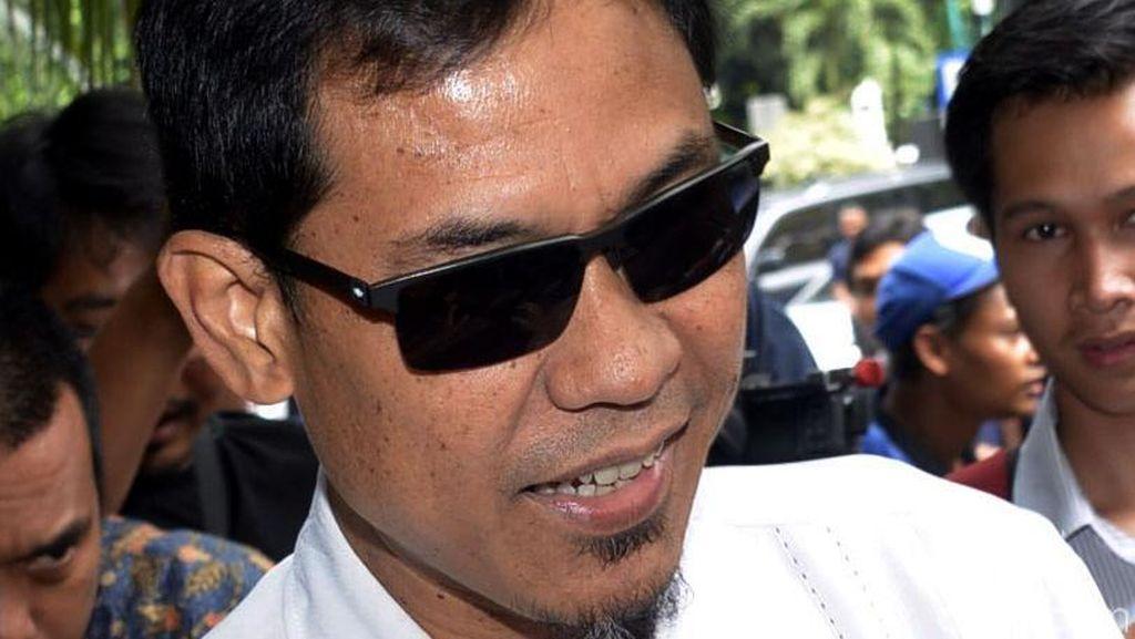Munarman Tepis Isu Liar Jadi Pengacara Freeport