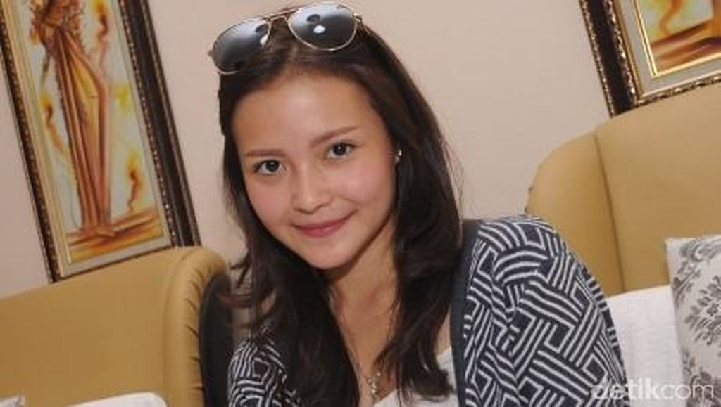 Nyoblos Pertama Kali, Ini Harapan Voke Victoria untuk Jakarta