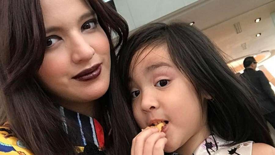 Nia Ramadhani hingga Dian Sastro, Ibu-ibu Hot di Indonesia