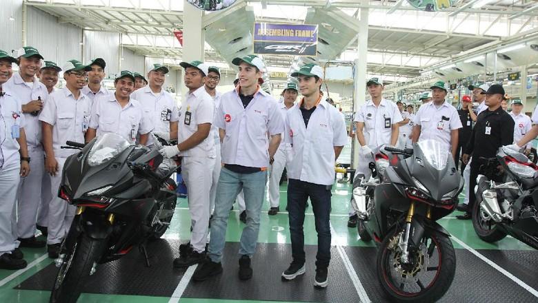 Marc Marquez dan Dani Pedrosa Kagum Lihat Pabrik Honda di RI