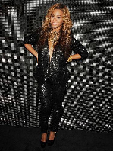 5 Gaya <i>Stylish</i> Beyonce Saat Berbadan Dua