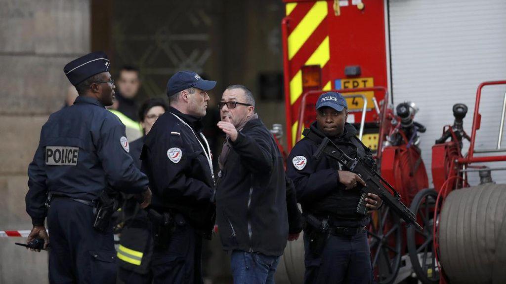 Sebelum Penyerangan di Museum Louvre, Pelaku Sempat Berkicau di Twitter