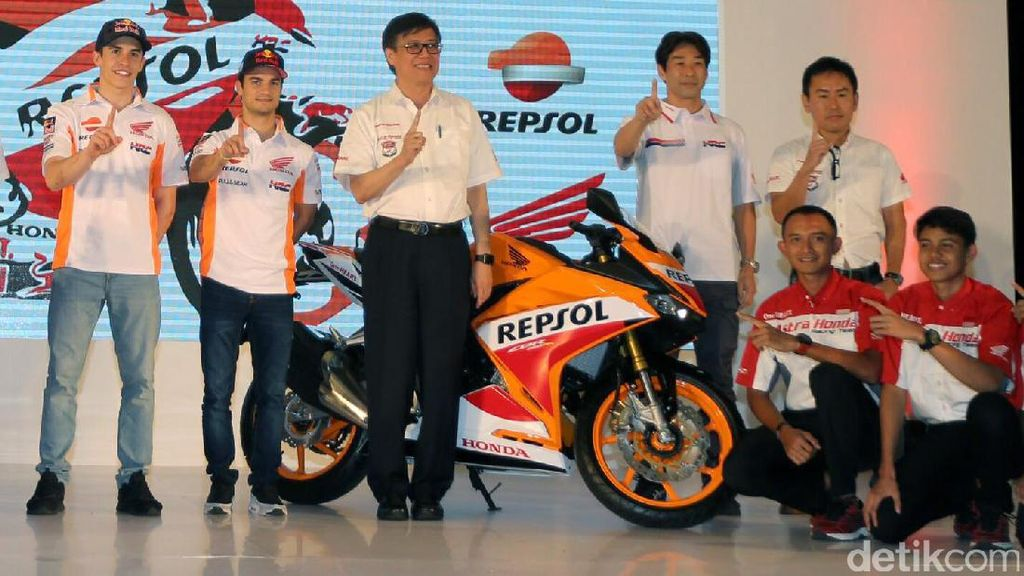 Kesan Marc Marquez dan Dani Pedrosa pada Honda CBR250RR Repsol