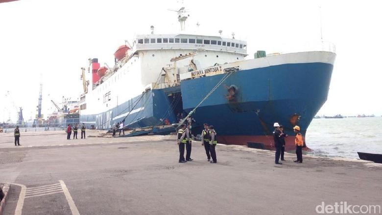 Kapal Mutiara Sentosa 1 Terbakar di Perairan Masalembu Jatim