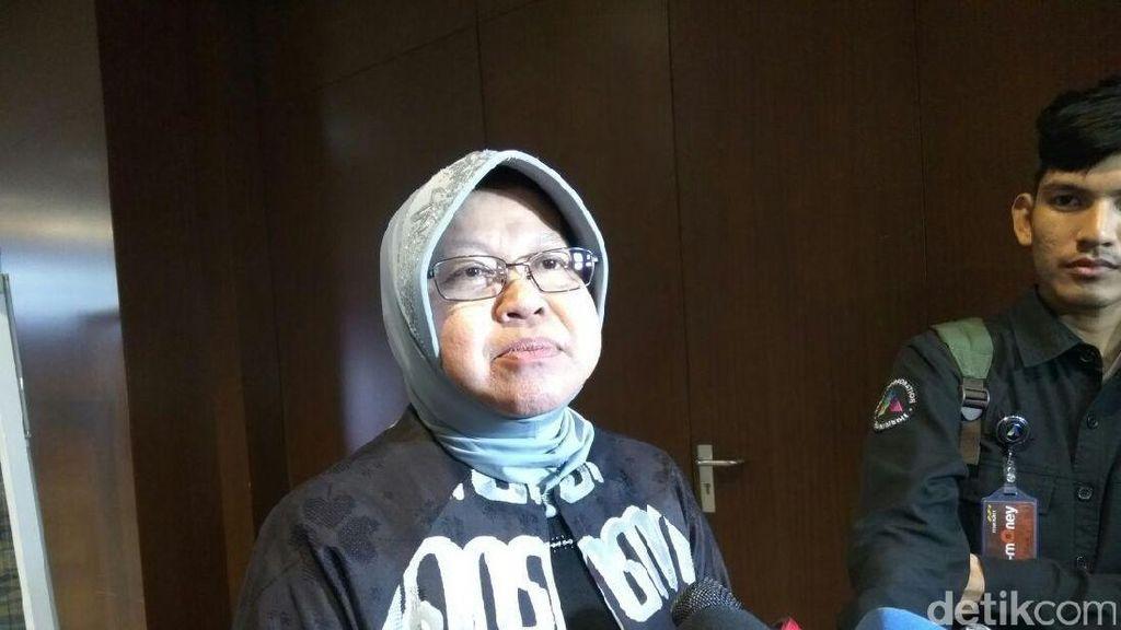 Cerita Risma Ajak Ibu-ibu Rumah Tangga di Surabaya Berwirausaha