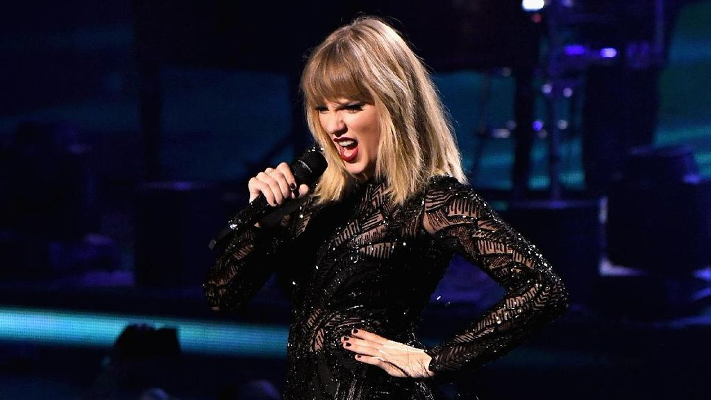 Taylor Swift Seleb Hollywood Terseksi Versi Victorias Secret, Netizen Protes