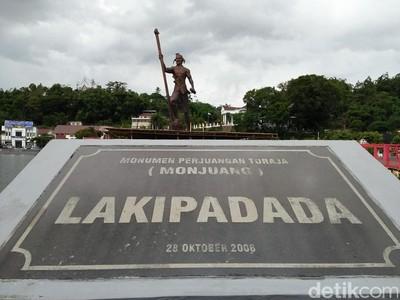 Bukan Cuma Makam, Toraja Juga Punya Alun-alun Instagenic