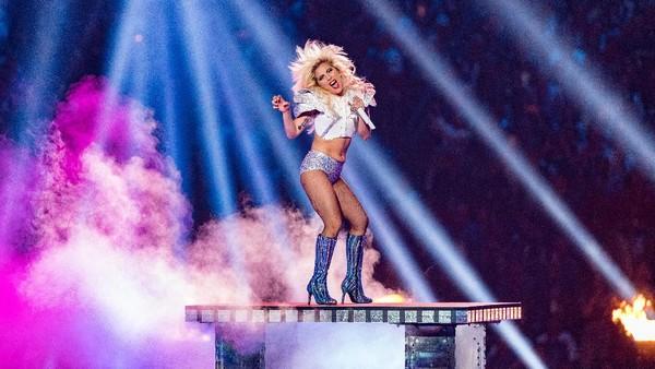Spektakuler di Super Bowl, Apa yang Akan Disajikan Lady Gaga di Grammy?