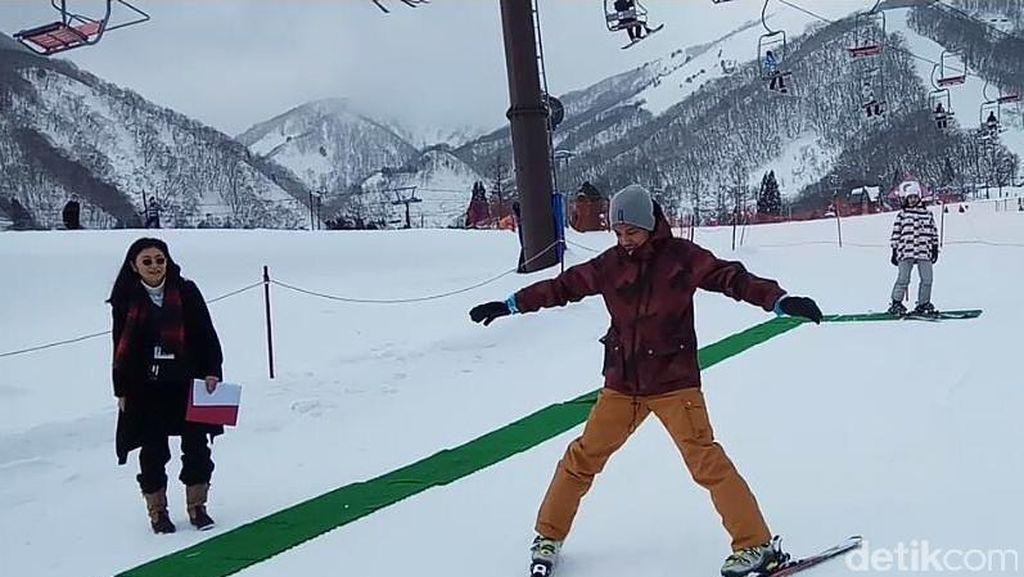 Mau Main Ski di Tempat Terbaik Jepang? Coba Datang ke Hakuba