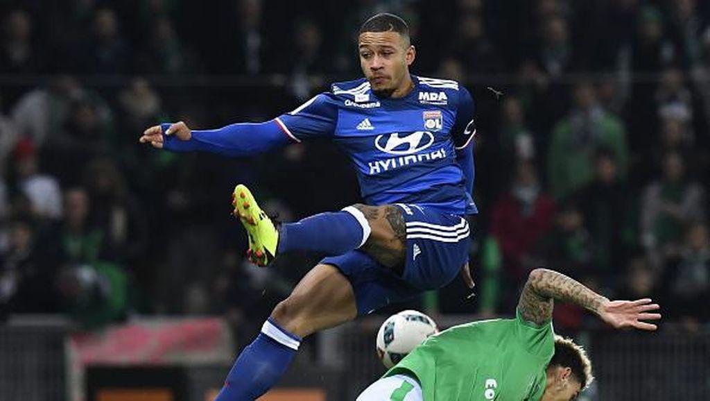 Peruntungan Memphis di Lyon Belum Juga Membaik
