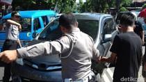 Kecelakaan Beruntun 2 Mobil dan Motor di Pasuruan, Tiga Orang Luka