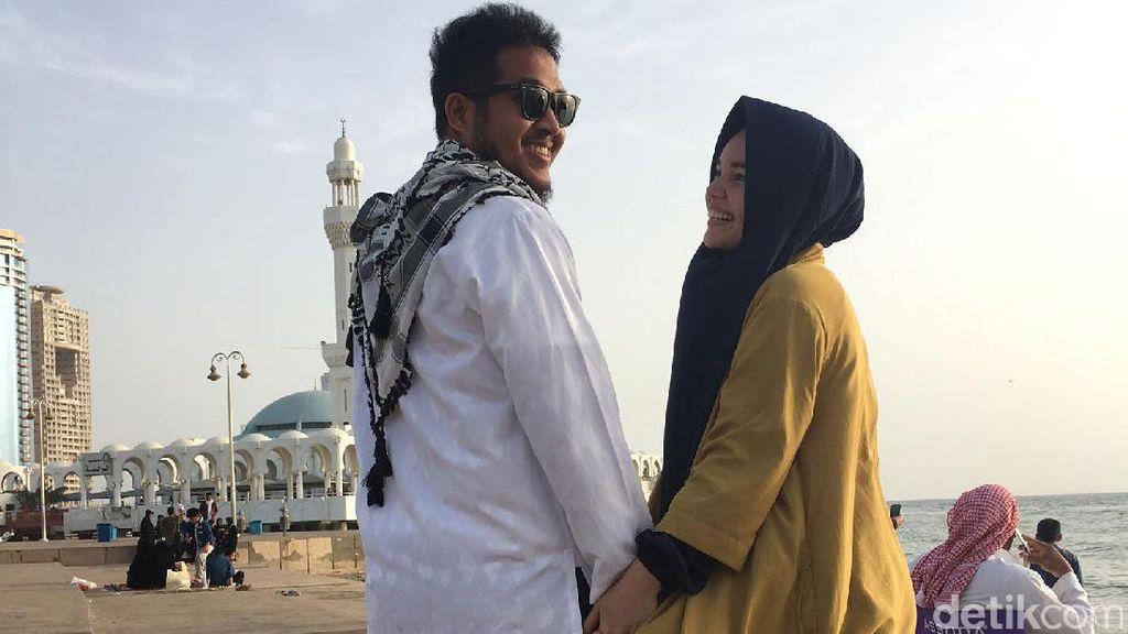 Cara Dewi Sandra Romantis Pada Suami: Tulis Surat Berlembar-lembar