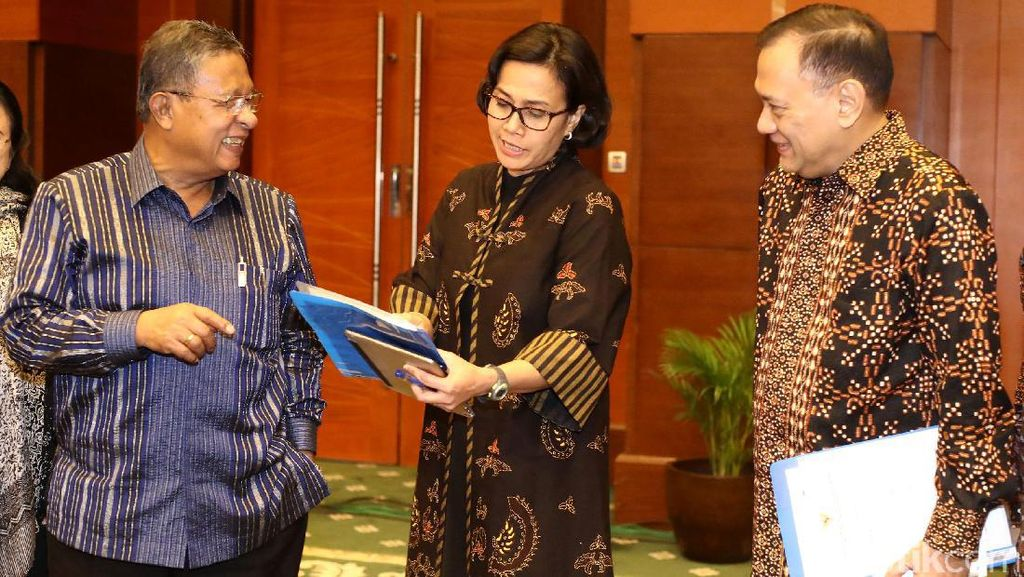 Sri Mulyani, Agus Marto dan Bulog Merapat ke Kantor Darmin Bahas Inflasi