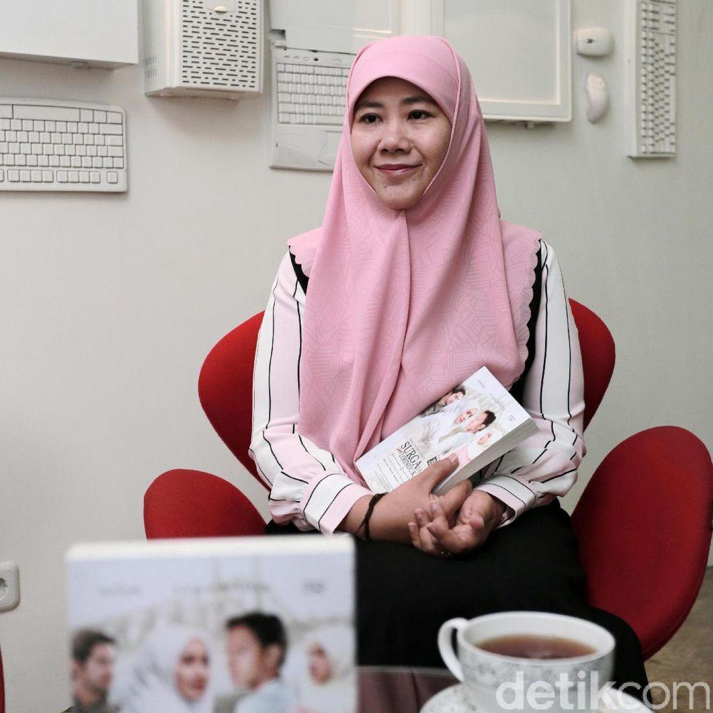 Asma Nadia Tak Menyangka Novel SYTD Kedua Lebih Tebal dari Pertama